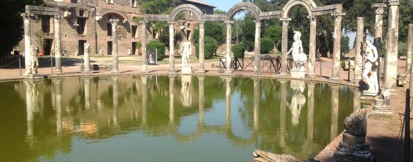 http://www.fannius.it/wp-content/uploads/2012/01/villa-adriana-816x320.jpg